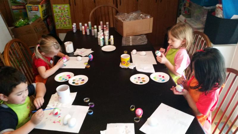 Kids are painting with straws, lol